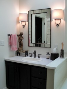 vanity-sconces-mirror
